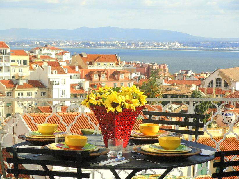 Lisbon Best View Terrace for 2!