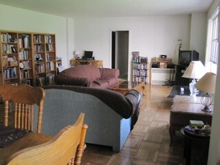 Living room, seen from dining room... Spacious!...