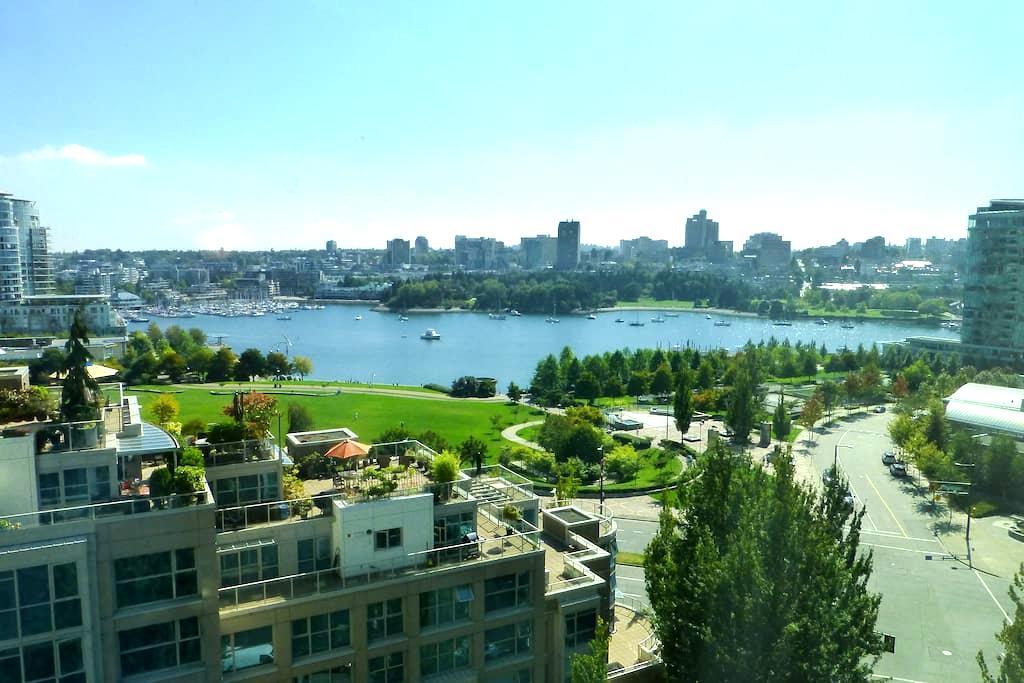 2 Bdrm Yaletown Apt - Ocean View - 温哥华 - 公寓