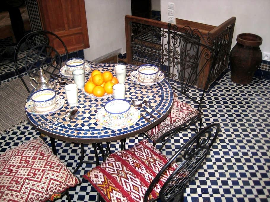 Pretty medina house to rent - Fes - Huis