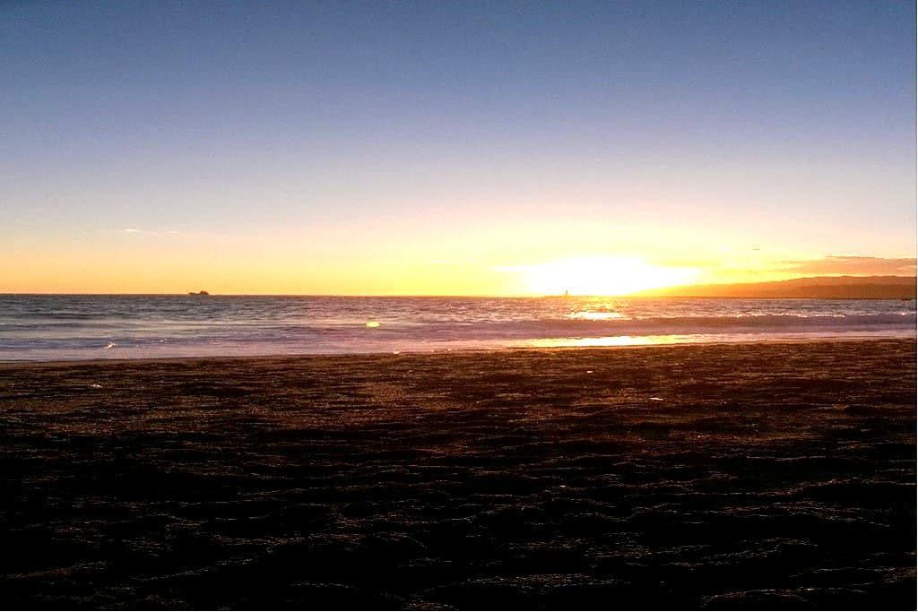 Habitación modesta sólo 3 minutos de la playa - 阿爾梅里亞(Almería)