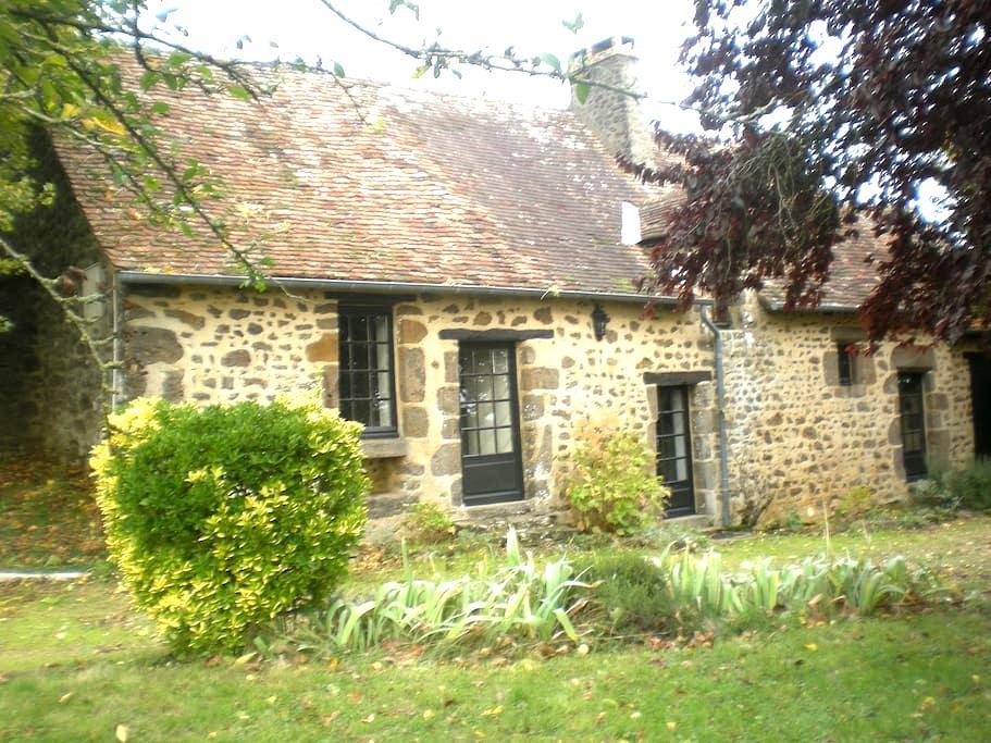 Maison de campagne avec jardin - Moitron-sur-Sarthe
