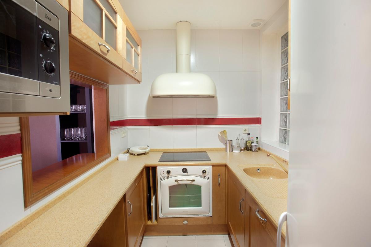 kitchen -- cocina
