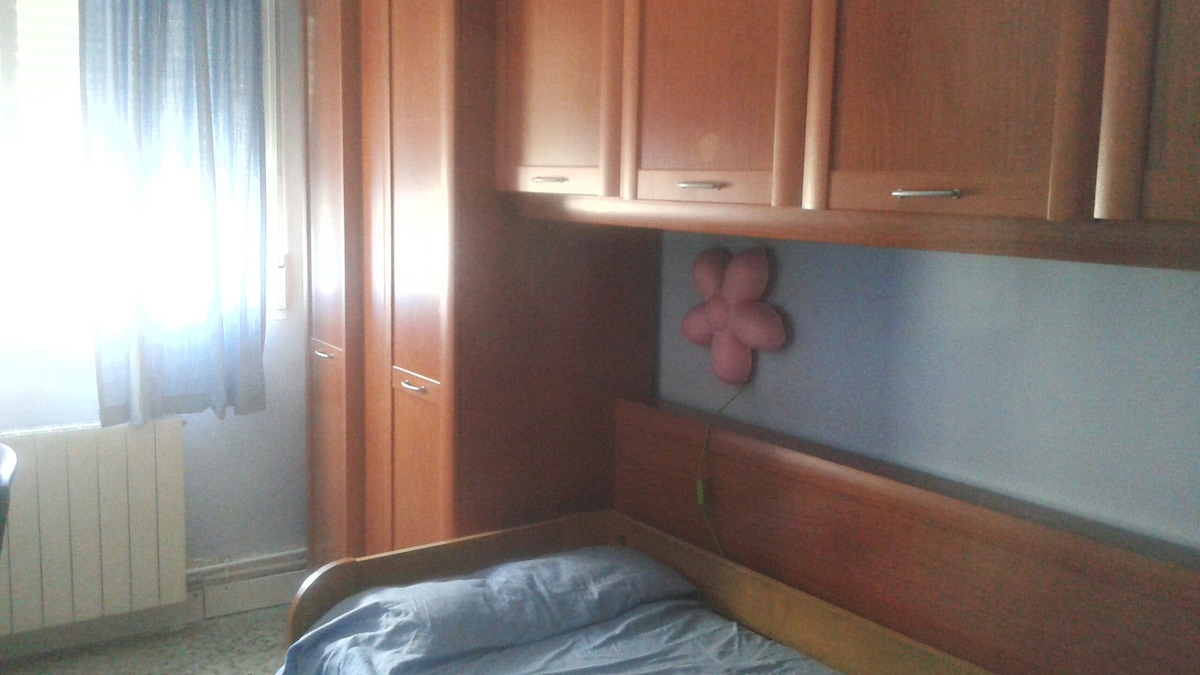 Quiet and centric flat in Zaragoza