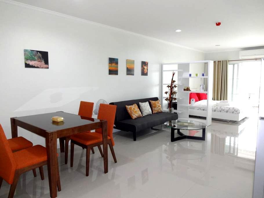 Big Studio 52m², Heart of Hua Hin, nice view - Tambon Hua Hin - Apartmen