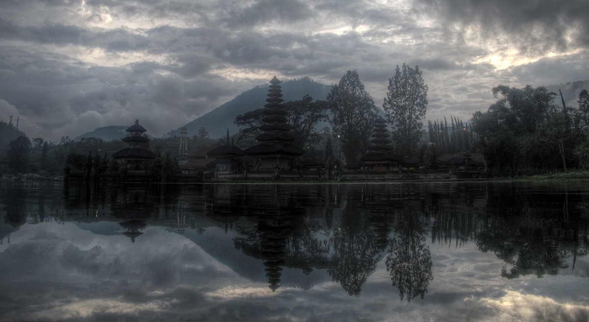 Our place is about 6km drive from Bedugul with Bali's most photographed Ulun Danu temple