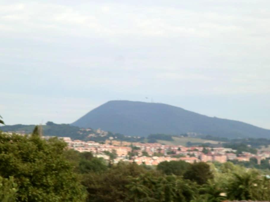 Villetta in campagna - Ancona - Hus