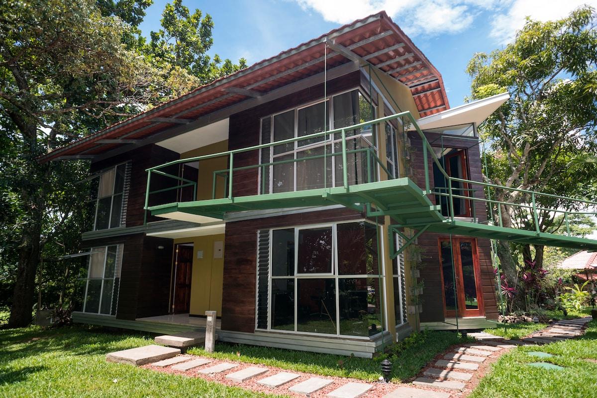 """""""Casa Verde Atenas"""""""