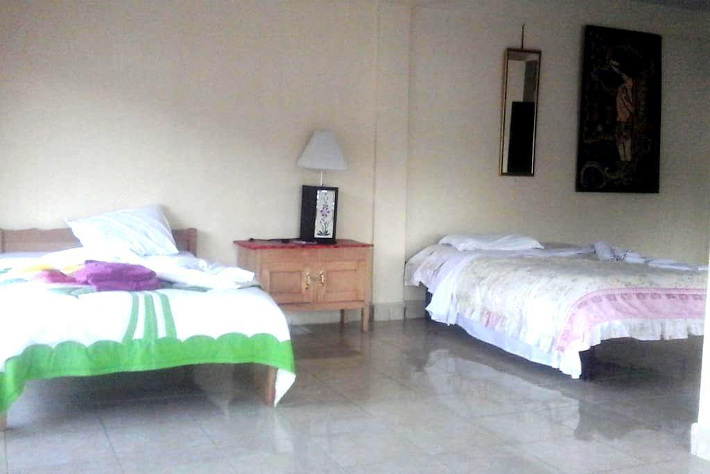 lakeside -hostel - Kintamani - Bed & Breakfast
