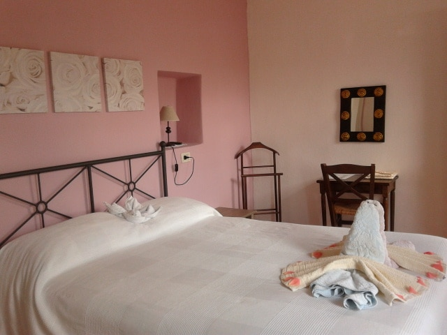 +B&B +5 +Terre +Room +Romantic