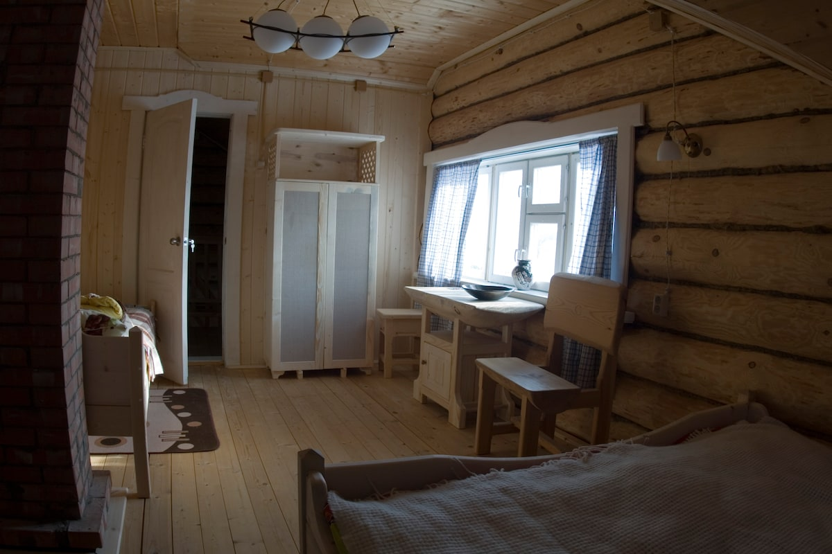 A room for 3 guests on the second floor