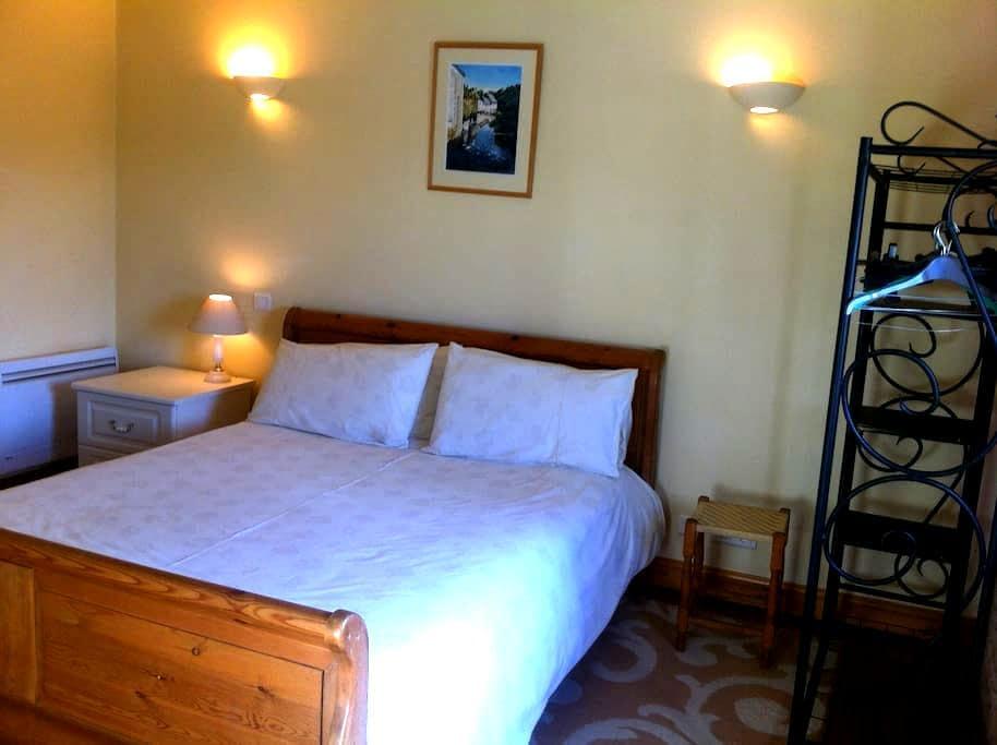 Charente Bed & Breakfast, Double Room. - Bernac - Гестхаус