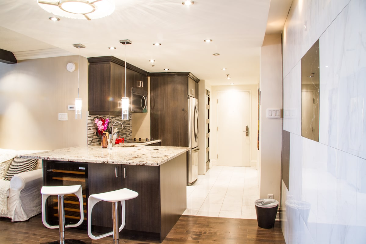Luxurious cozy your Montreal home