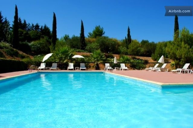 2 Bedroom Villa with pool in Agde