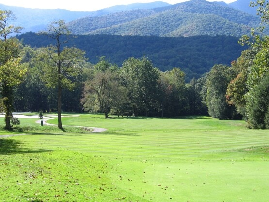 Mt Mitchell Golf Course with the peak of Mt Mitchell in the background.