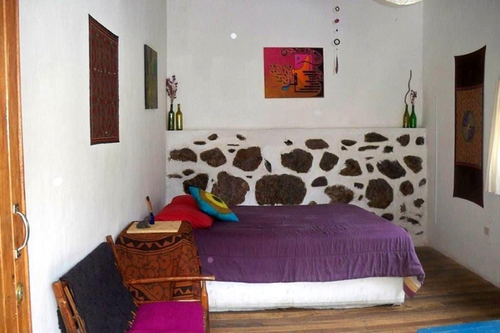 Comfortable room & Privileged view - Ollantaytambo - Talo