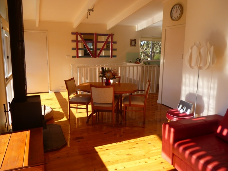 Light & airy, the north-easter flows through the cottage during summer