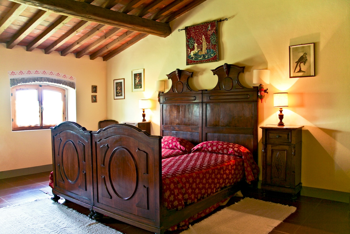 Ample twin bedded room