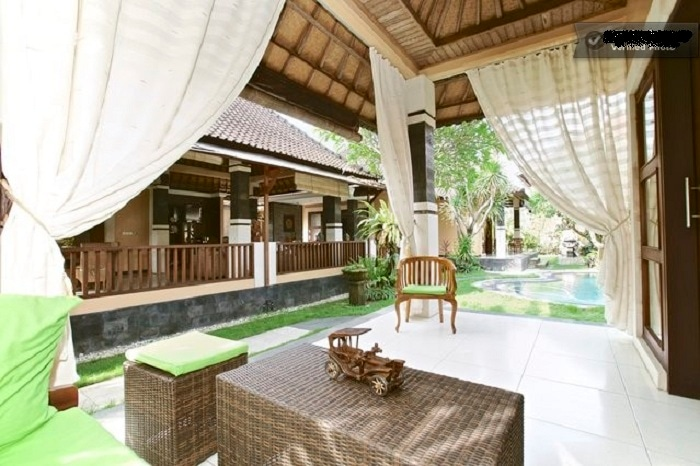 Villa room with shared pool kitchen