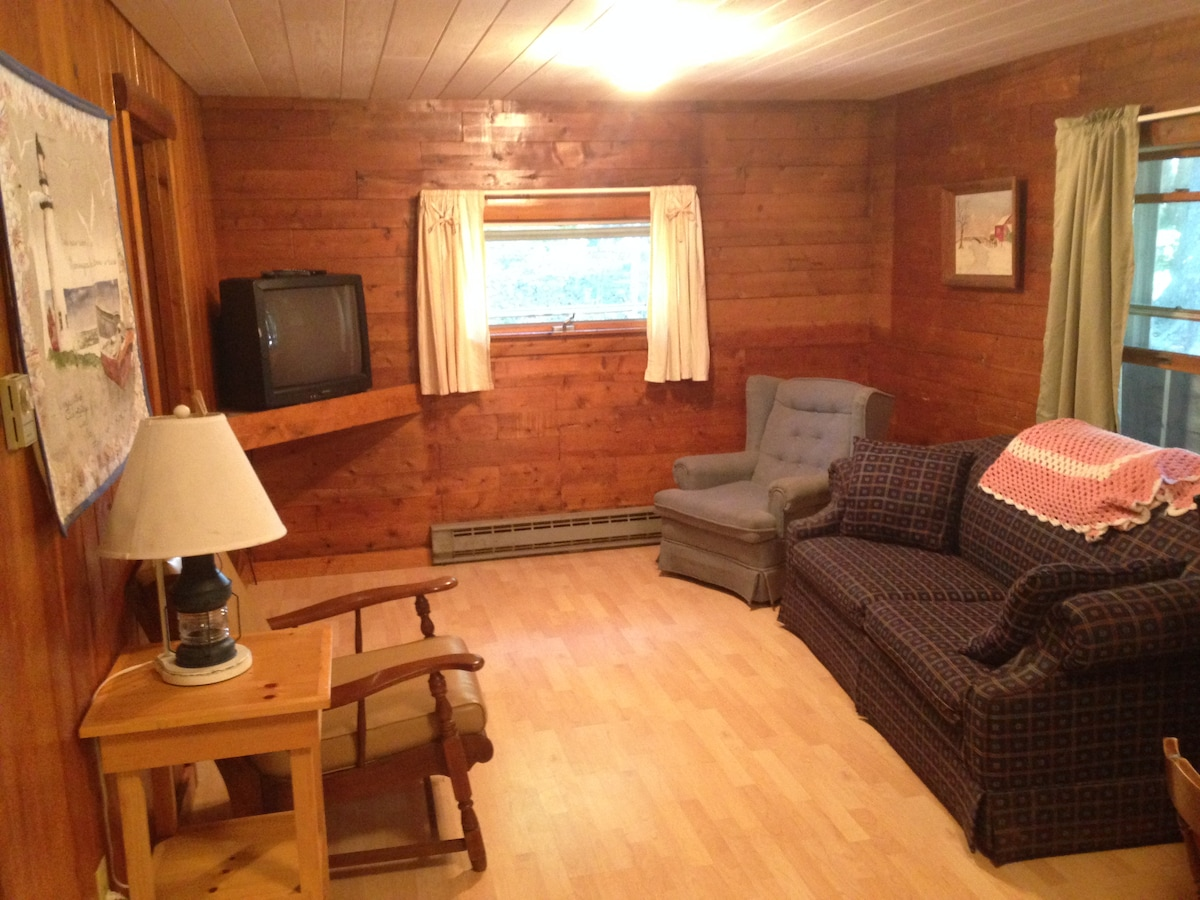 Sherwood Forest Cabin #4   Cabins For Rent In New Harbor, Maine, United  States