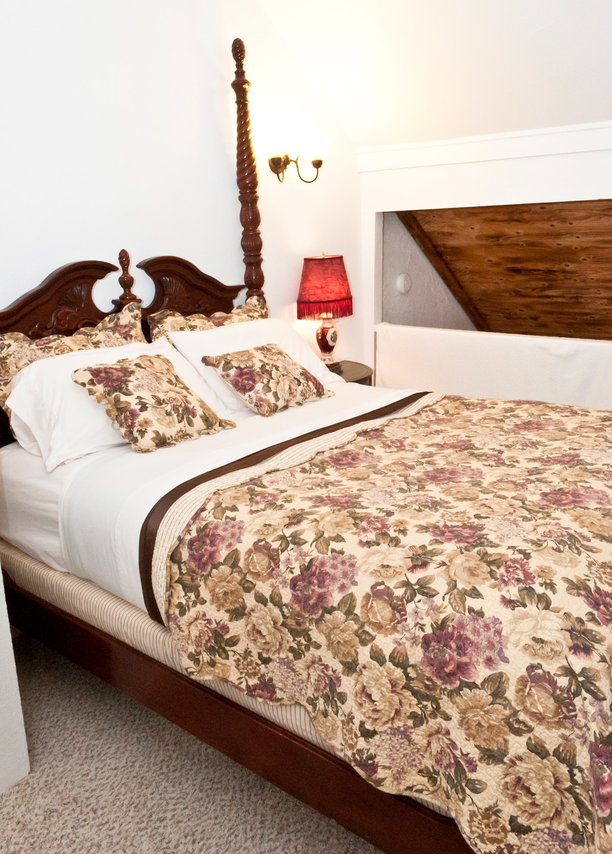 Rose Suite is a two bedroom suite with two queen beds.