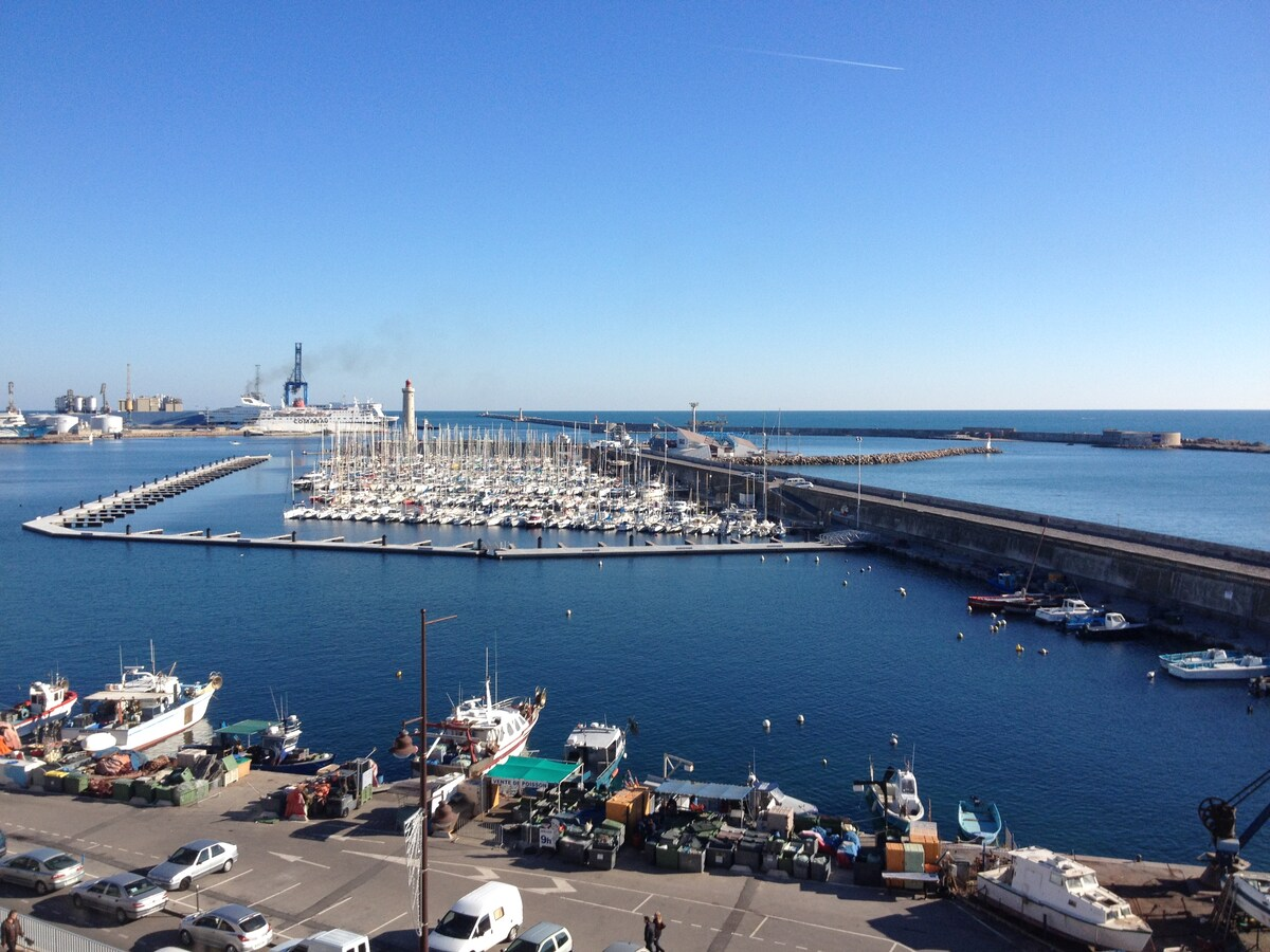 Beautiful view, facing sea & port