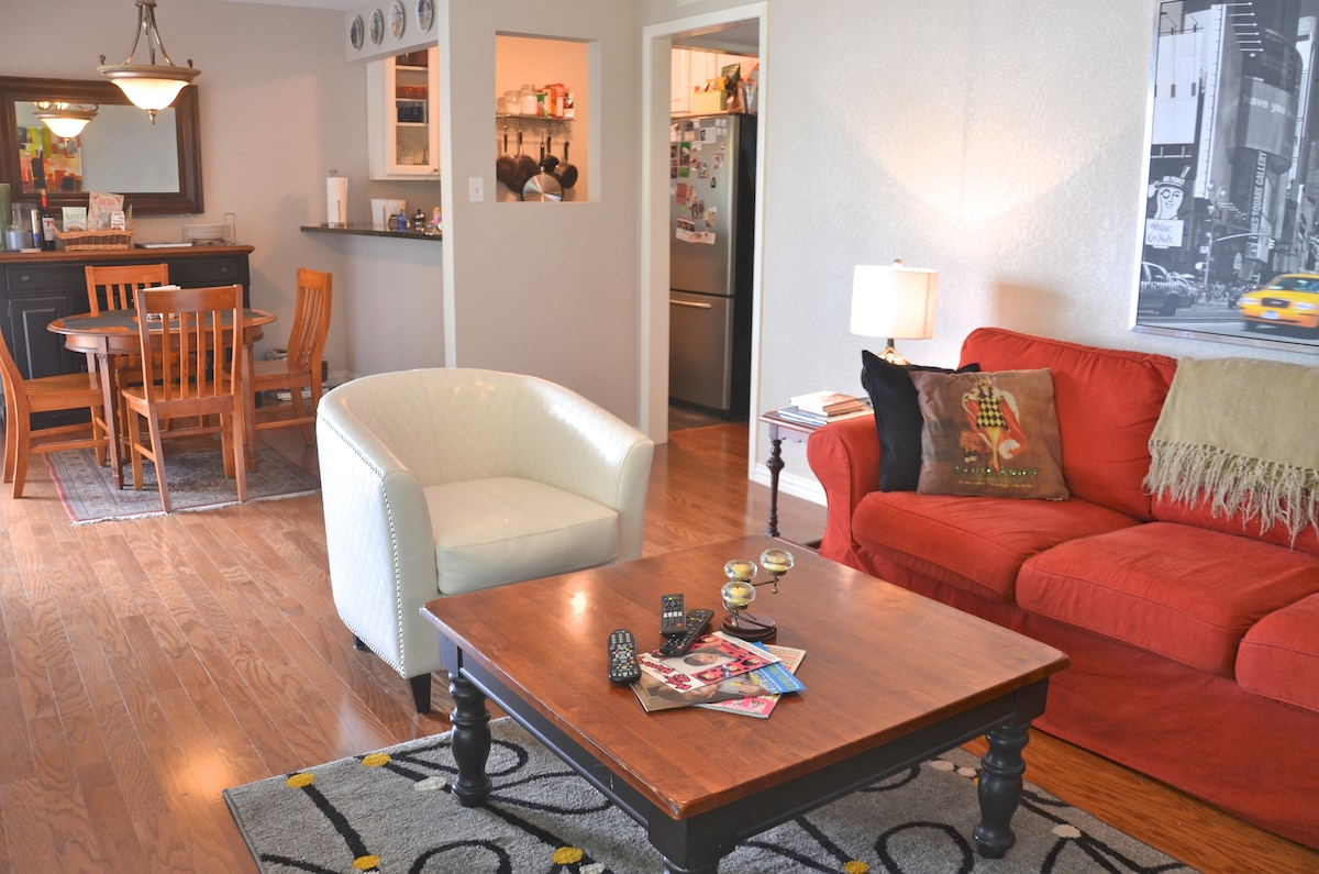 Charming Clarksville Condo For ACL