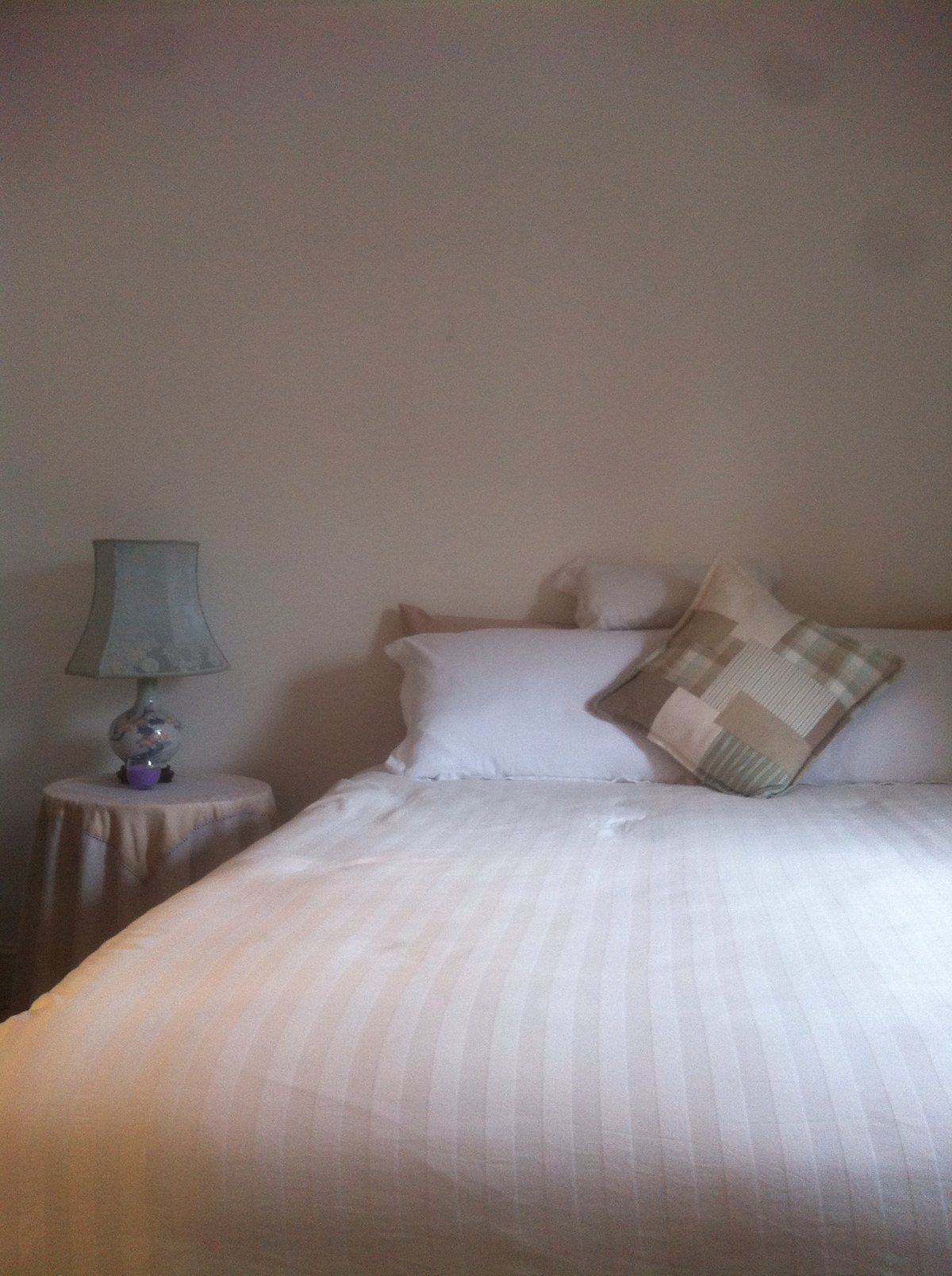 A luxuriously comfortable, new King size bed for a great night's  sleep!