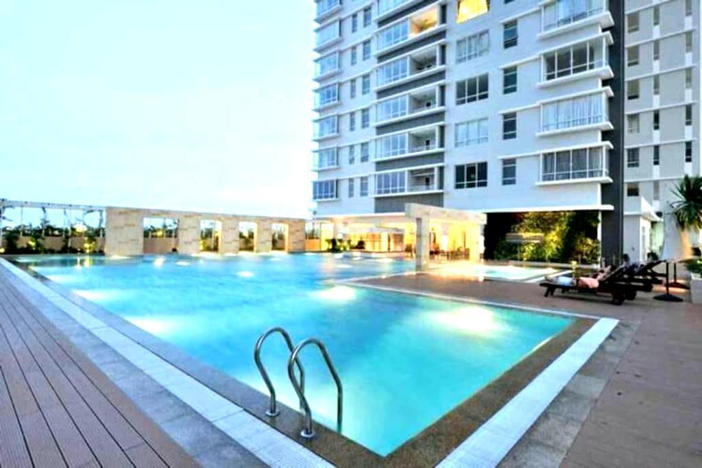 Luxury 2 BDR Apt near City Centre - Ho Chi Minh City - Appartement