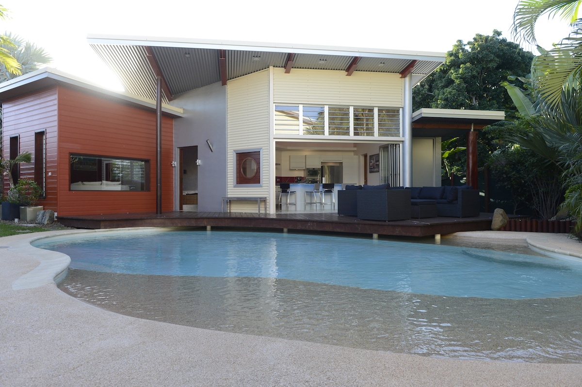 Luxury house in the centre Nouméa
