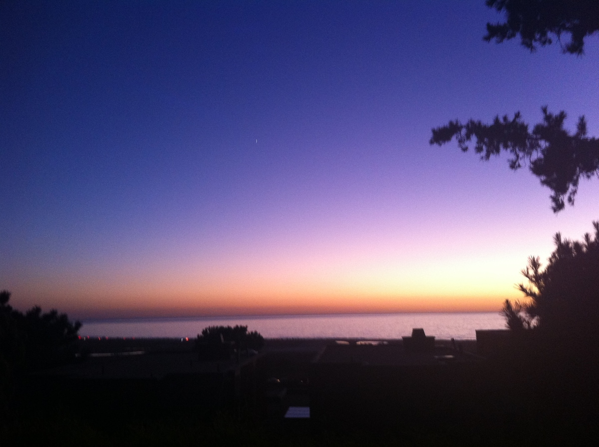 Gorgeous sunset from balcony overlooking Torey Pines State Beach