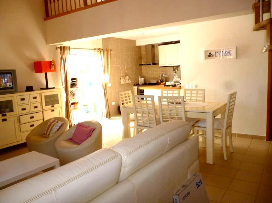 Casa em Odeceixe nova com 3 quartos - Odeceixe - Hus