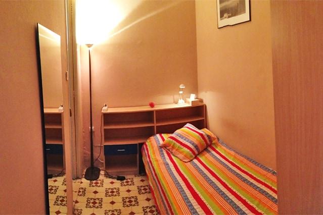 Single room next to Plaza Espanya
