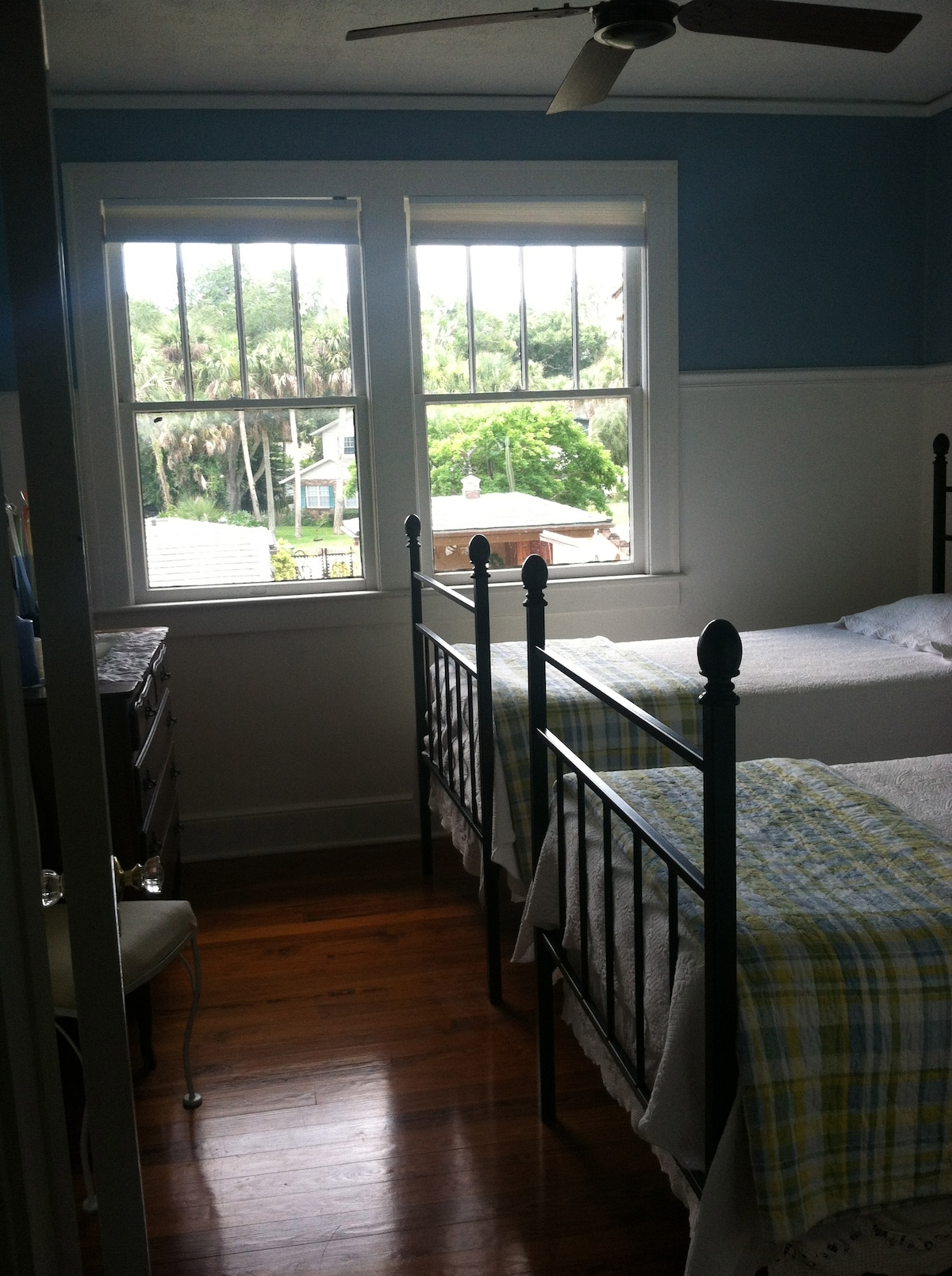 Blue Room - Twin Beds - Shared Bath - Partial River View