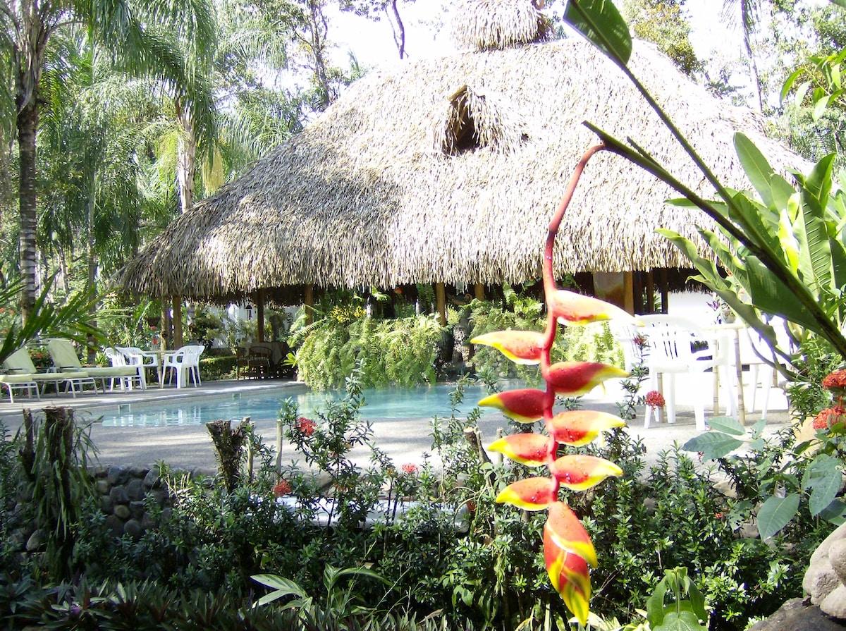 La Palapa - Rainforest Bedroom