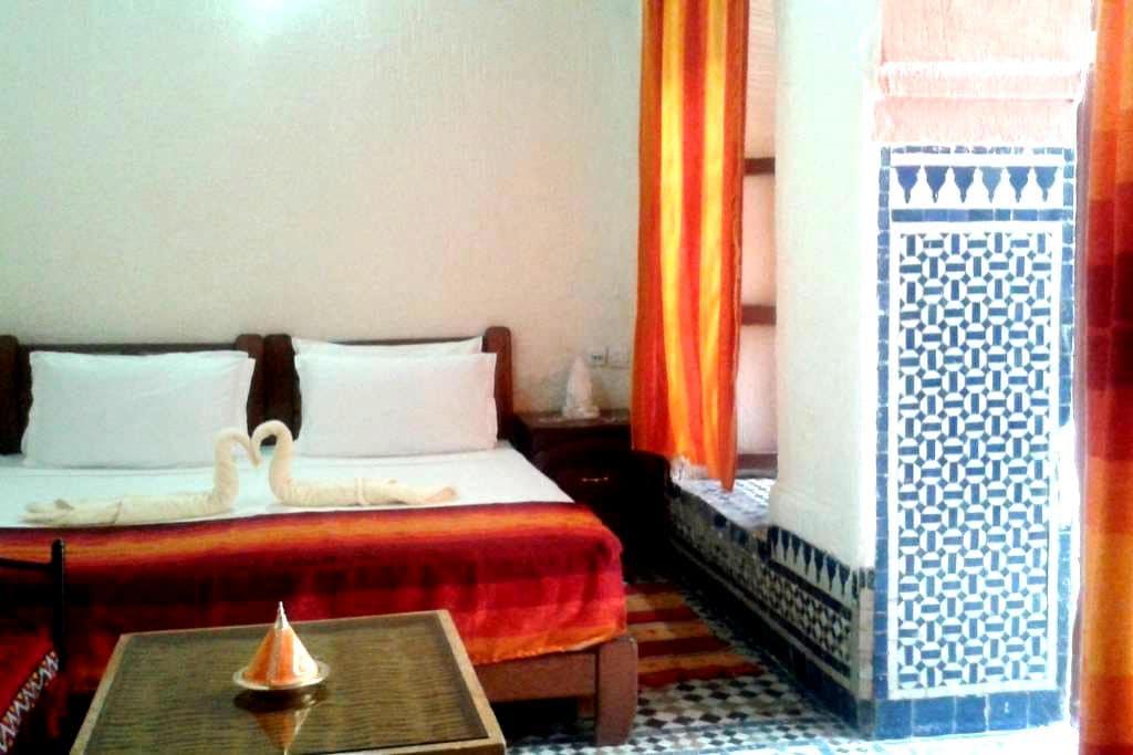 Chambre Latifa à Riad Azrou - Azrou