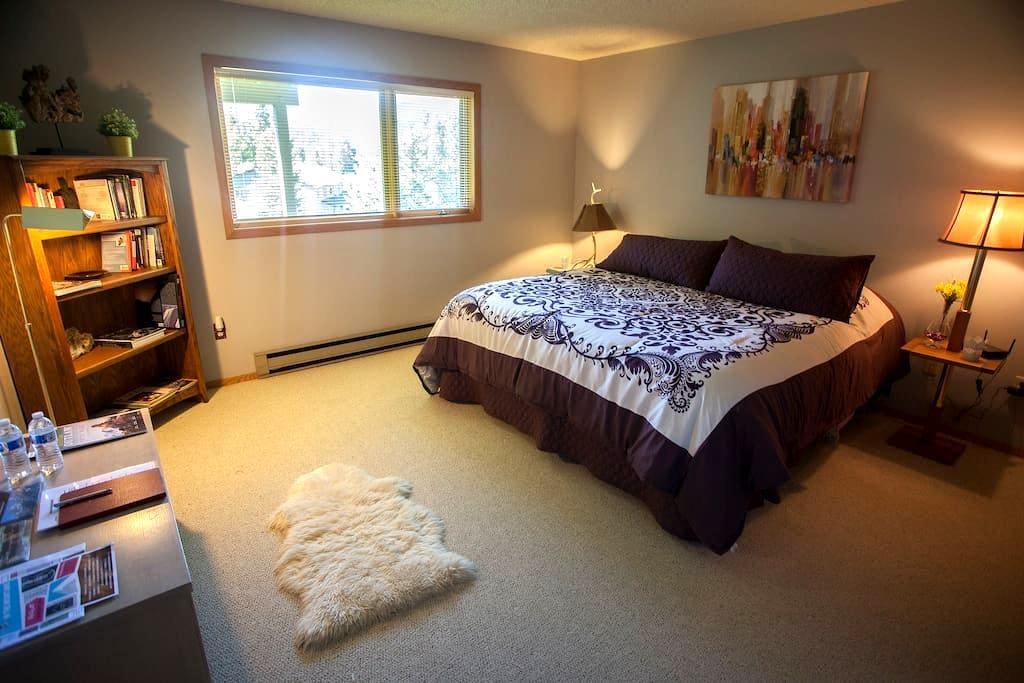 Elegant Room w/ Beautiful Views in Big Sky, MT - Big Sky - Huis