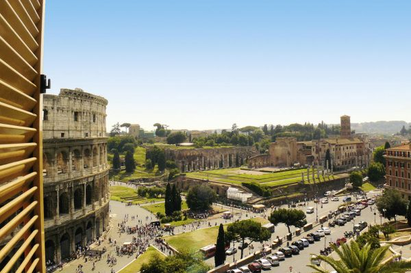 Stunning view of the Colosseum!