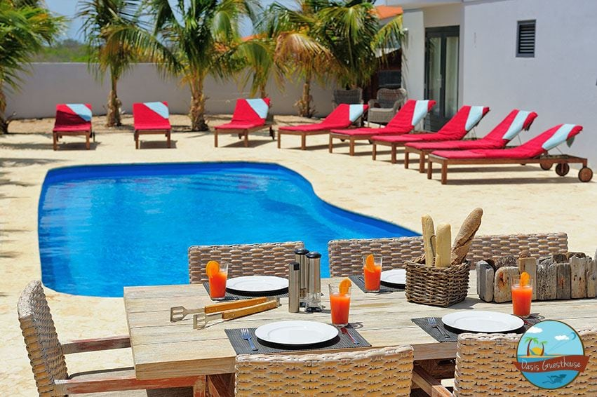 Outdoor Pool with BBQ facilities