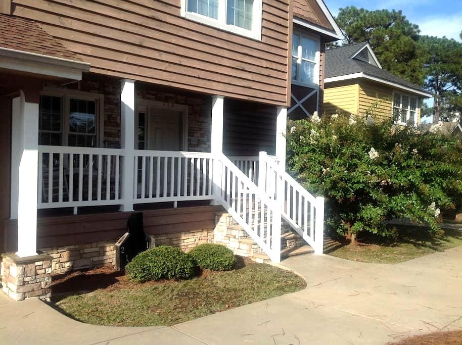 Golf Gettaway! - Aberdeen - Townhouse