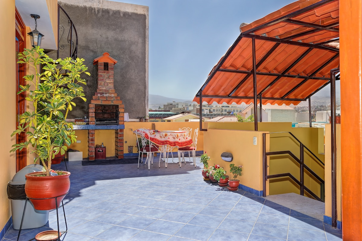 Huge terrace with dining area, bbq and spectacular views