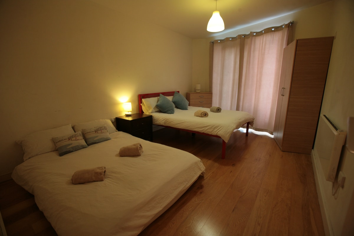 Bedroom with double bed & small sofa bed or double airbed