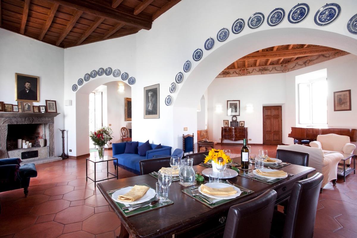 La Specola: Historical Lake House