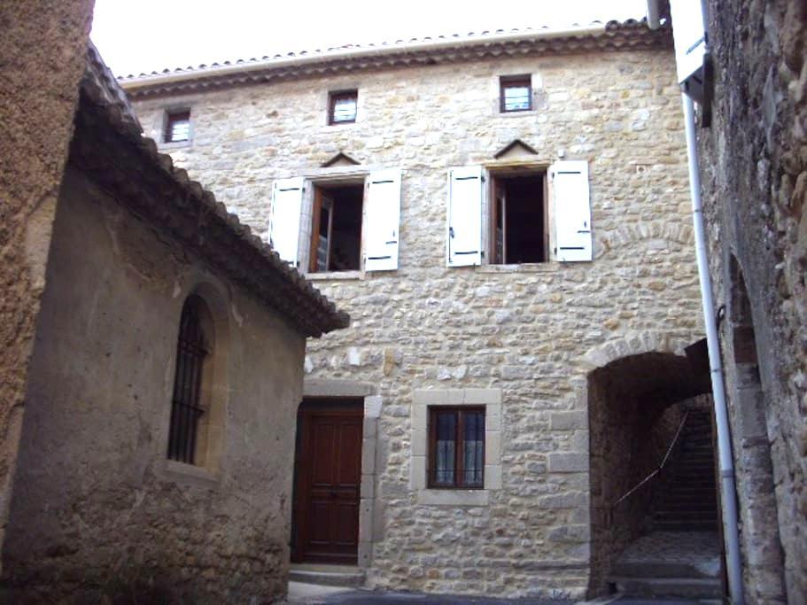Maison ancienne, de village, Sud-Ardèche - Saint-Sauveur-de-Cruzières