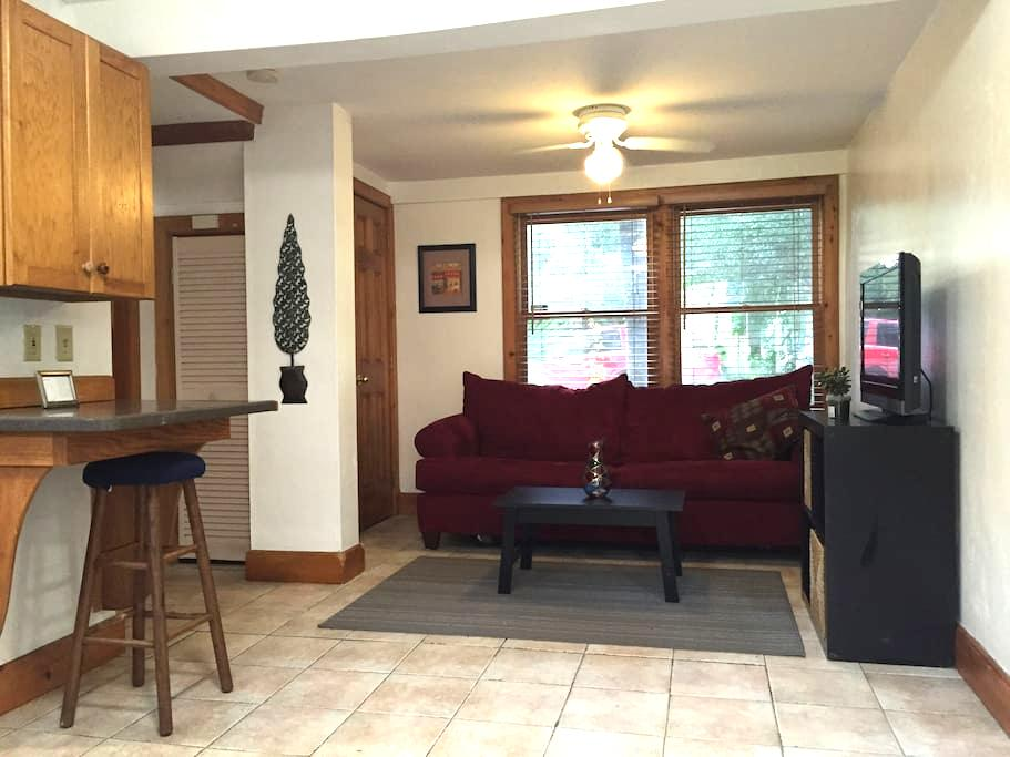 Belong Downtown 1br 1ba - Gainesville