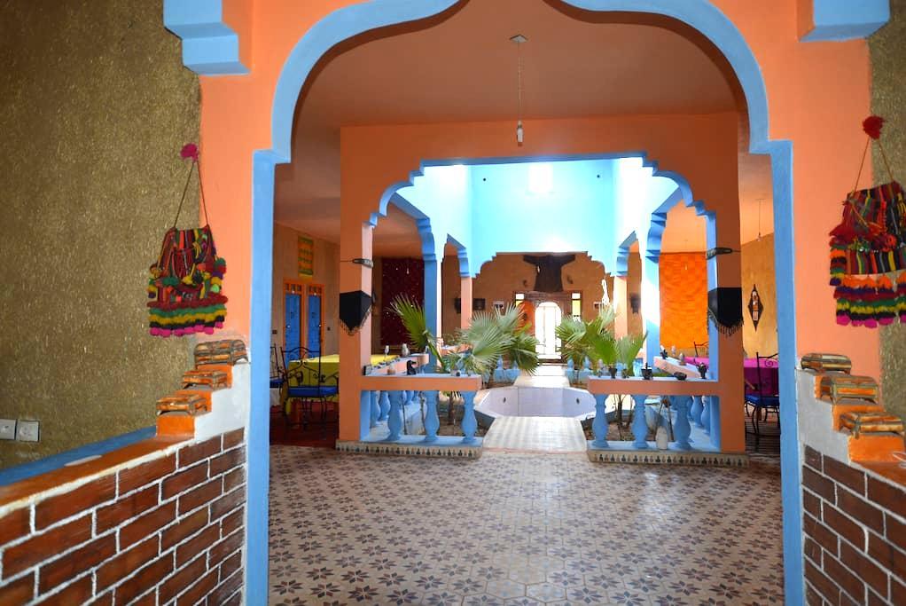 Le Berger, Sahara hostel. - Merzouga - Aarde Huis