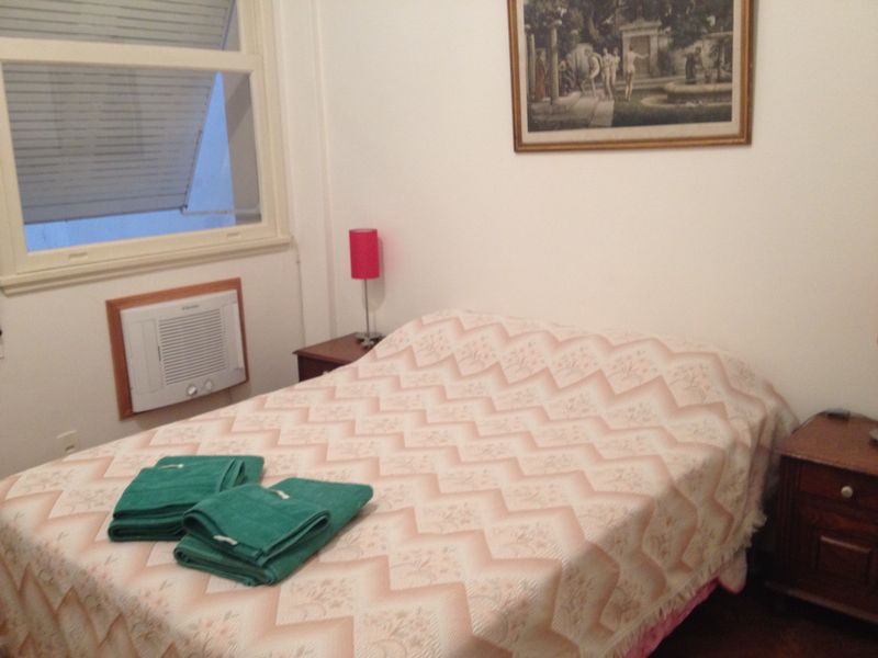 3 bedrooms - incredible location!