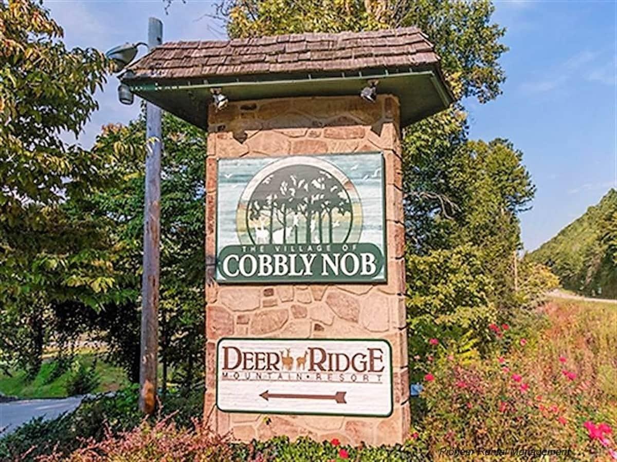 4 Bedroom Cabin In Gatlinburg   Cabins For Rent In Gatlinburg, Tennessee,  United States
