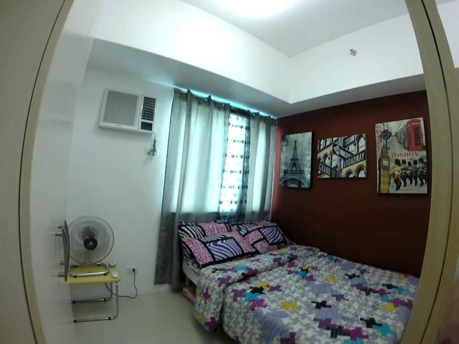 luxury 1b condo unit with wifi - Mandaluyong