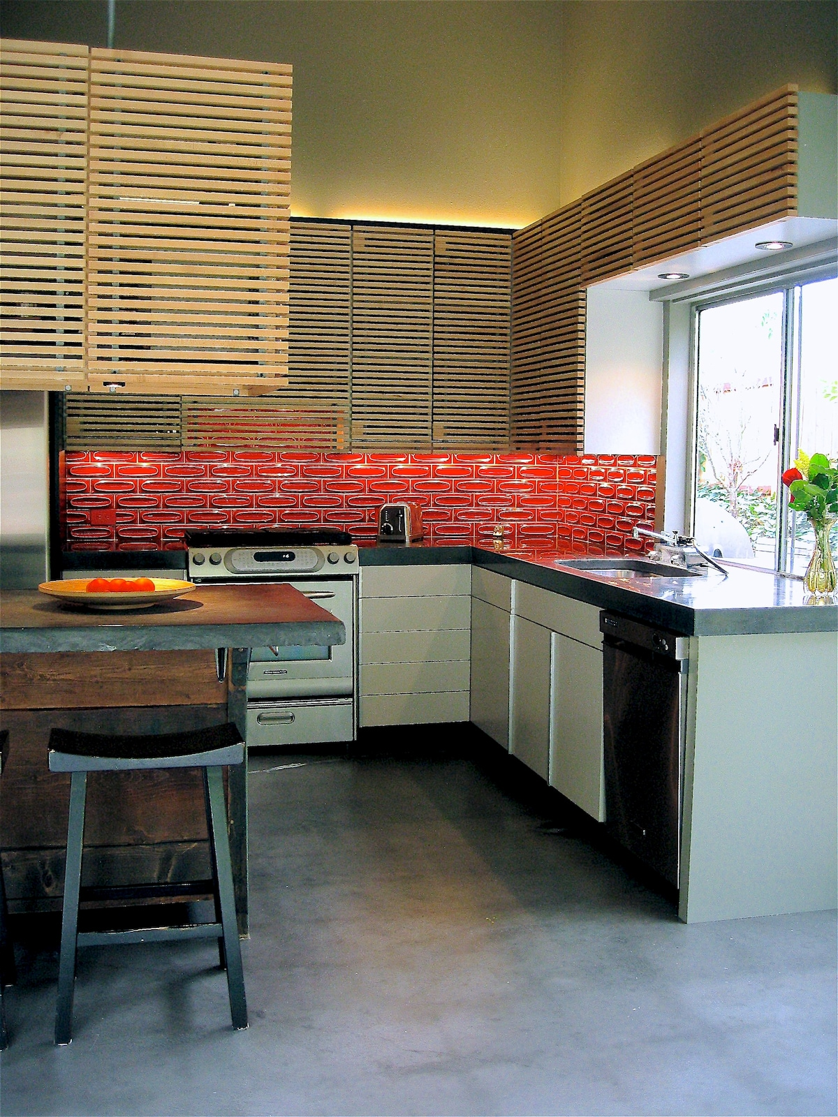 Open Bright Kitchen